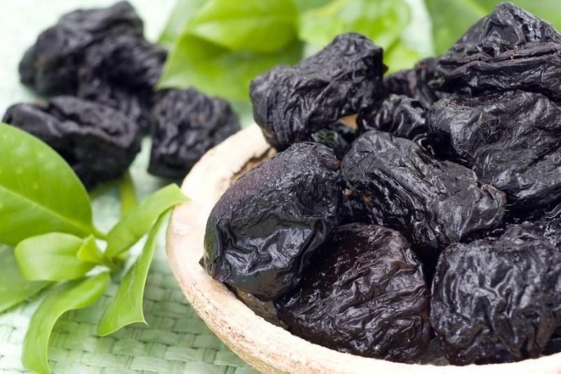 Как чернослив влияет на кишечник